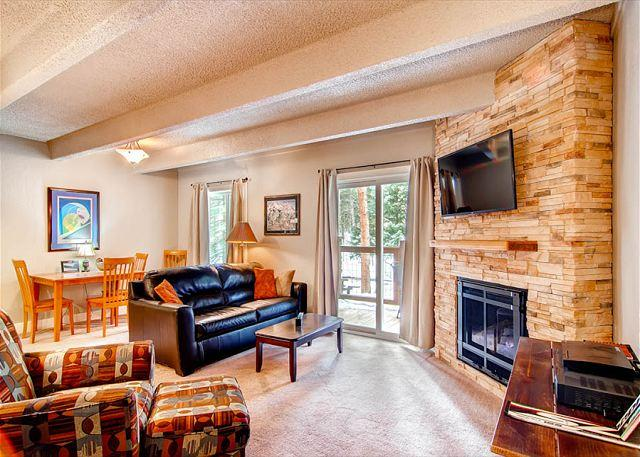 Columbine Living Room Breckenridge Lodging