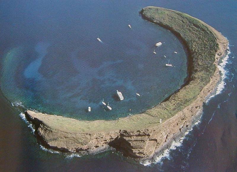 Molokini.JPG - goede plek om te snorkelen en duiken