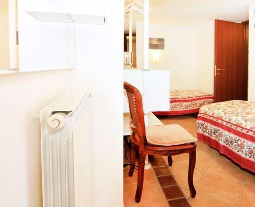 bedroom three - twin beds