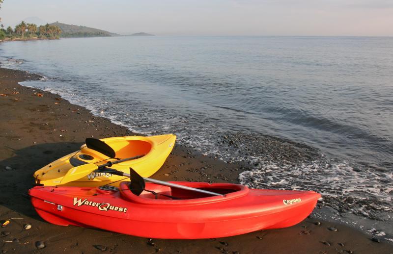 Kayaks, free to use