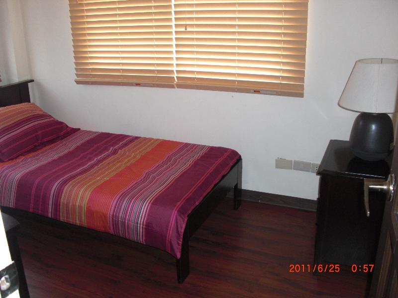 Duplex 2, Bed Room 2 with Single bed