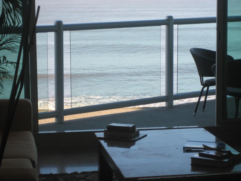 À l'intérieur ou l'extérieur Profitez de la brise de l'océan !