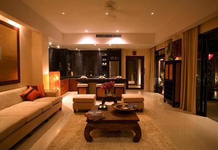 Blick vom Wohnzimmer in Richtung Küche