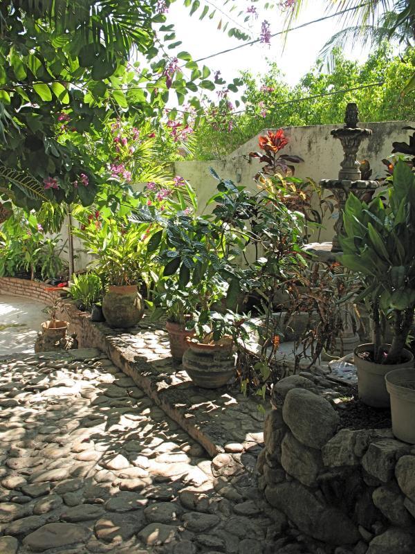 Den Vorgarten