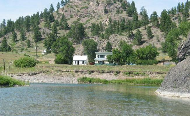 Gary Cooper Ranch Cabin with Private Fishing, holiday rental in Craig