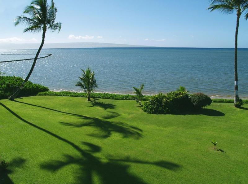 View from your lanai of the ocean and the island of Lanai