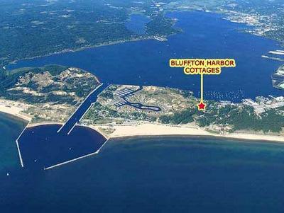 Locatie gemeente Redbird - Muskegon Lake omhoog, Lake Michigan beach naar beneden, 3 blokken (0.3 mijl/0.5 km)
