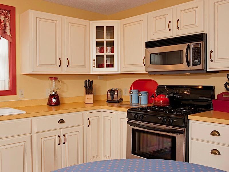 Keukenhoek - fornuis/oven, magnetron, blender, broodrooster