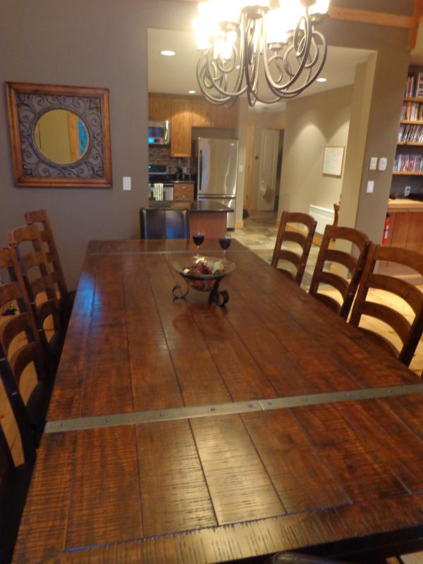 Large dining table seats 10 easily
