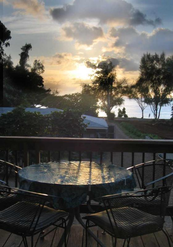 Complete Wrap around lanai - Perfect for Sunset Viewings
