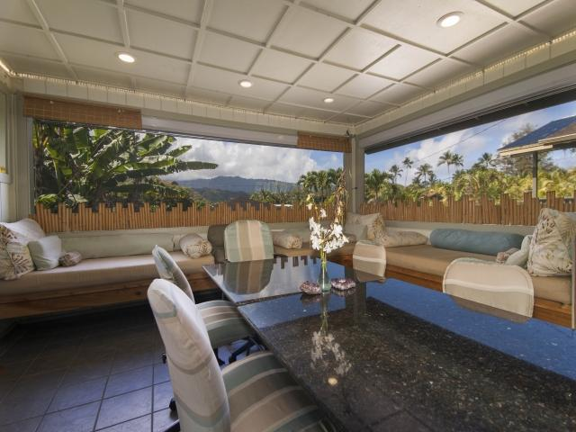Enter into the spacious Lanai Dining & Lounging Lanai~A beautiful view of the Mountains all around