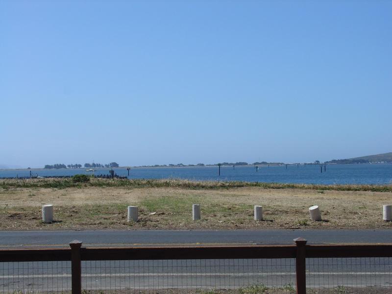 180 Fuß der Blick auf die Bucht, Schiff Kanal, Fischerbooten und Vögel