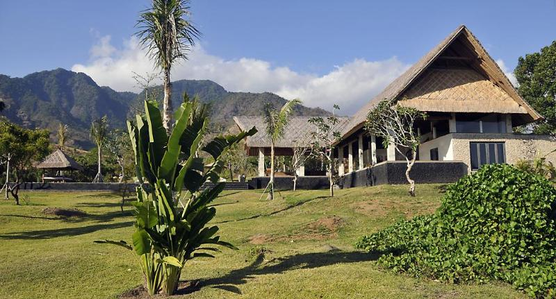 3BR Villa (1) jardim (6000 m2)