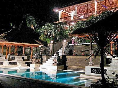 Majestic Villa - Private Pool, AC, Stunning View, vacation rental in Ubud