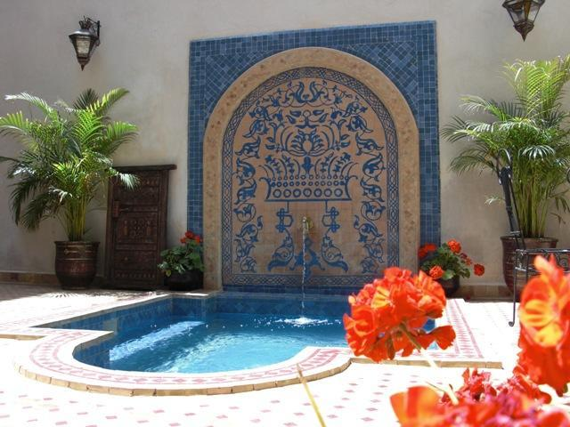 Courtyard plunge pool