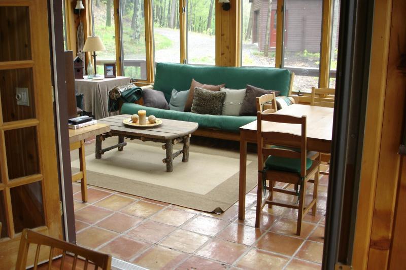 Sun porche avec futon