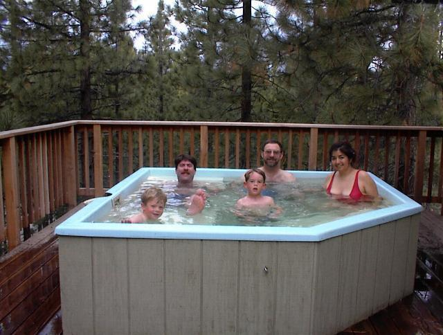 Família na banheira