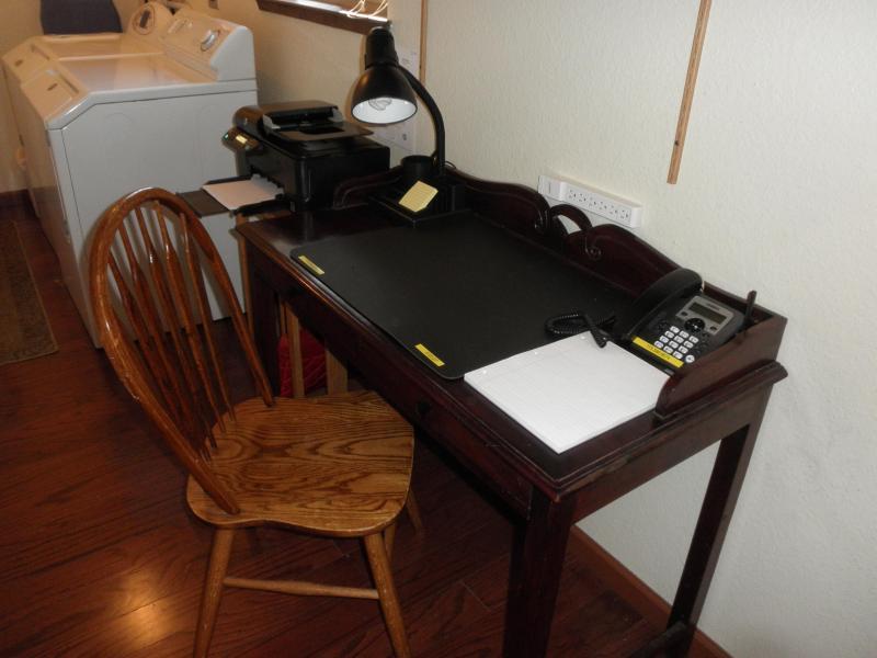 Business Center com FAX/impressora/copiadora, telefone, secretária, & cadeira,