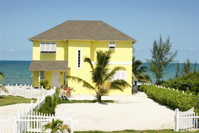 Oceanfront Villa from private cul-de-sac