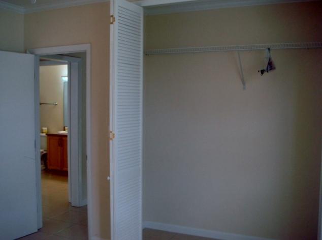 closet Bed room # 3