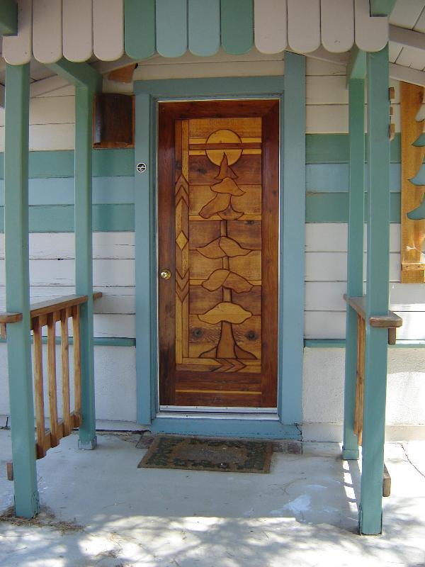 Entrata di portico, entra nella veranda fuori zona living