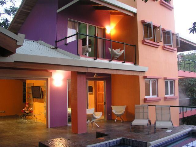 Casa Mono Congo
