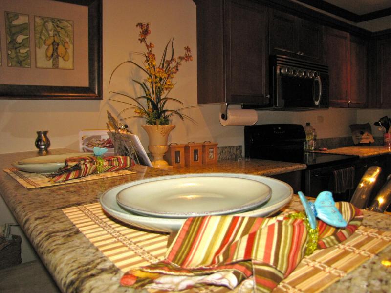 Articles de table gastronomique & desservant ustensiles tous inclus