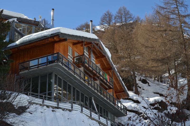 La proprietà più spettacolare di Zermatt, se non delle Alpi. Un enorme loft stile Manhattan di 300m2.