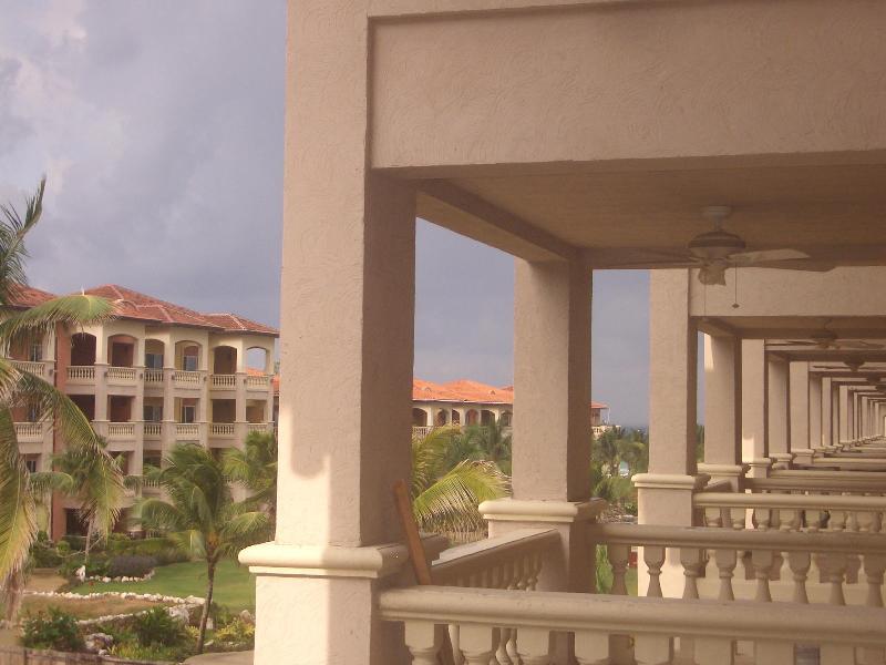 xlarge balcony