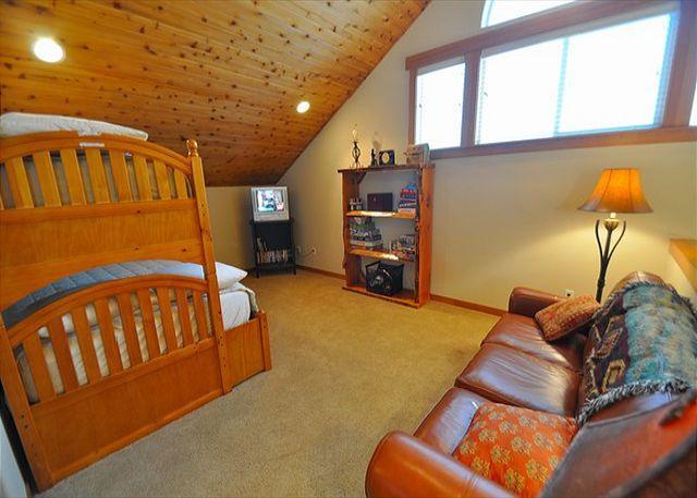 Tiger Lilly Lodge - All Seasons Vacation Rentals