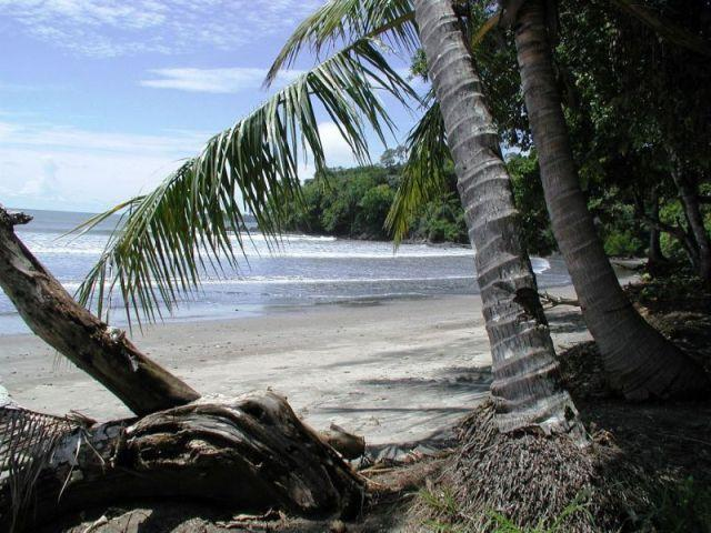 3  Bedroom Guesthouse in Boca Chica, Panama, holiday rental in Las Lajas