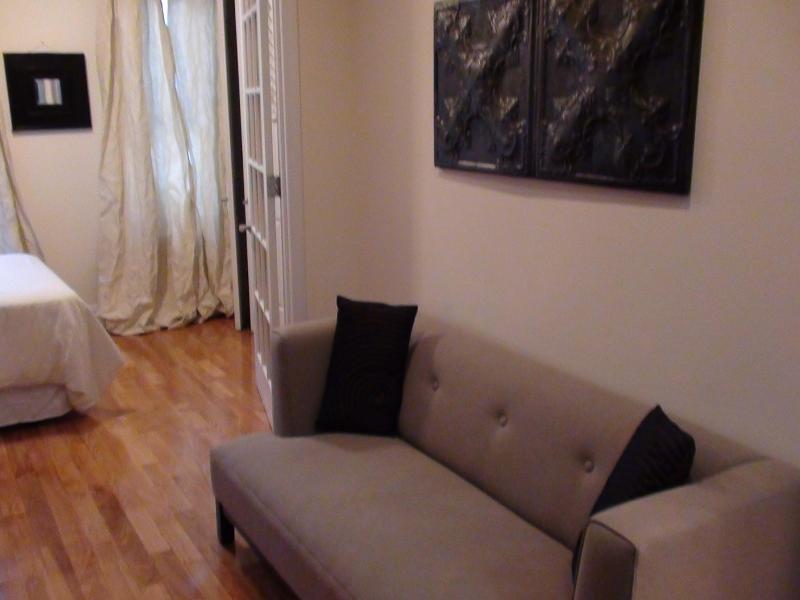 cozy 2 bedroom apt manhattan east 20s has internet access and air rh tripadvisor com