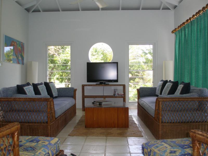 The Shoy's Beach house, living room