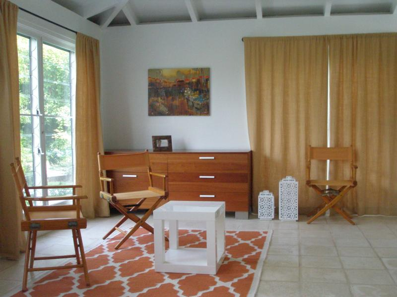 The Shoy's Beach house, Master BR sitting area