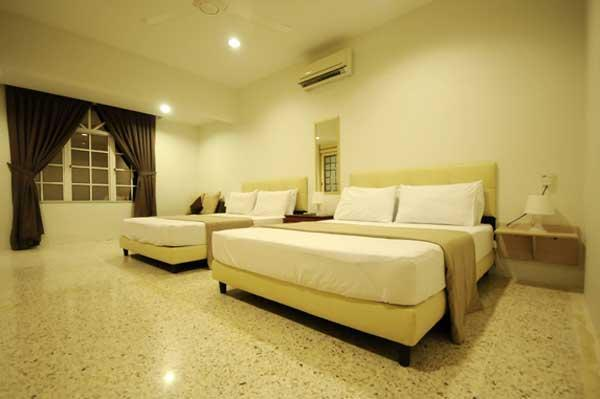 Family Room with private bathroom for 4 persons