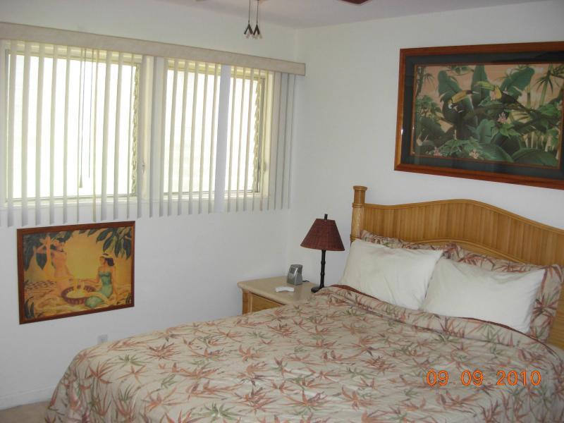 Dormitorio privado bien equipada