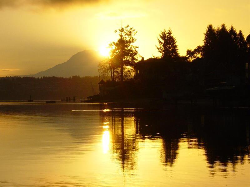 another beautiful sunrise behind Mt. Rainier