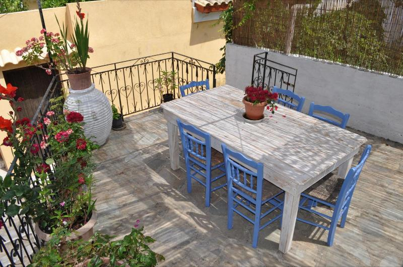 Shared terrace for relaxing meals