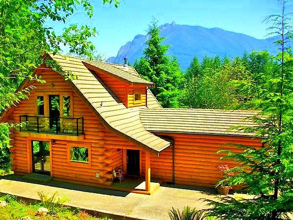 5-Star Luxurious Riverfront Log Home w/ 180° OMG Waterfront Views – semesterbostad i Seattle