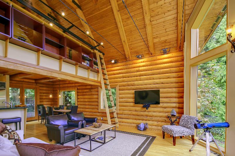 tripadvisor 5 star luxurious riverfront log home estate north rh tripadvisor com