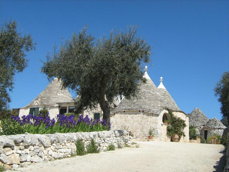 Trullo from main drive