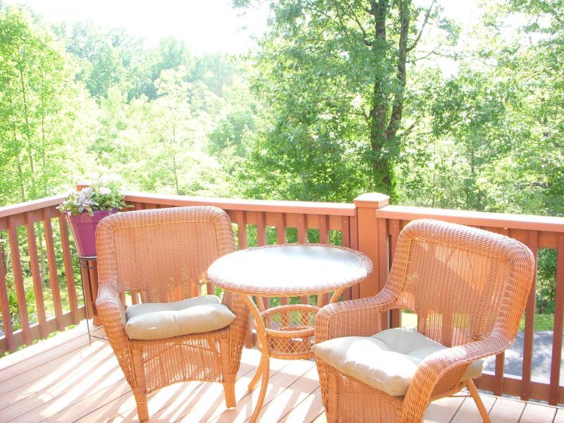 sunset view romantic getaway has shared outdoor pool unheated rh tripadvisor com