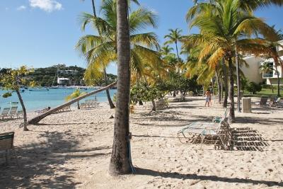 CARIBBEAN Beachfront Condo,Georgeous Views, Elysian Beach Resort, holiday rental in East End