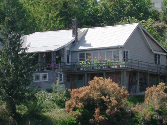 Rosebank Cottage by the Sea, holiday rental in Texada Island