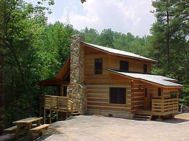 Bear Creek Cabin - Secluded Log Cabin Overlooking Creek