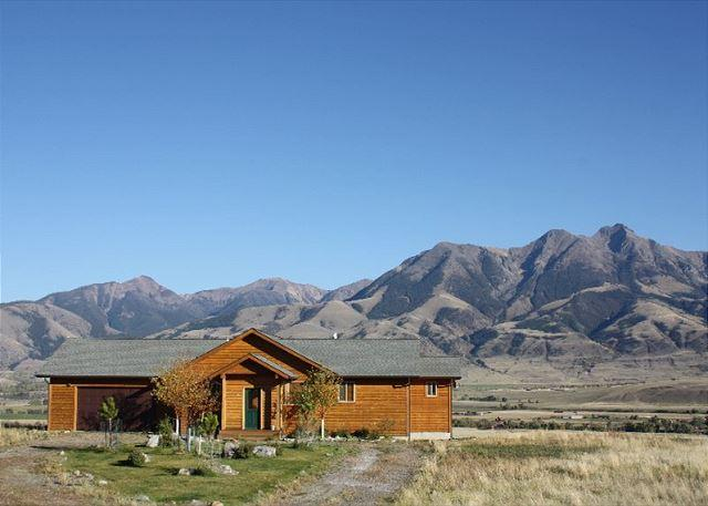 Comfortable home with amazing views of the Absaroka Range