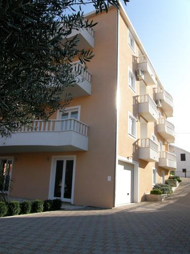 Villa Vrbat apartments