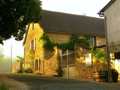 Old stone cottage in the Magical Dordogne slps 1/5, vacation rental in Saint-Amand-de-Coly