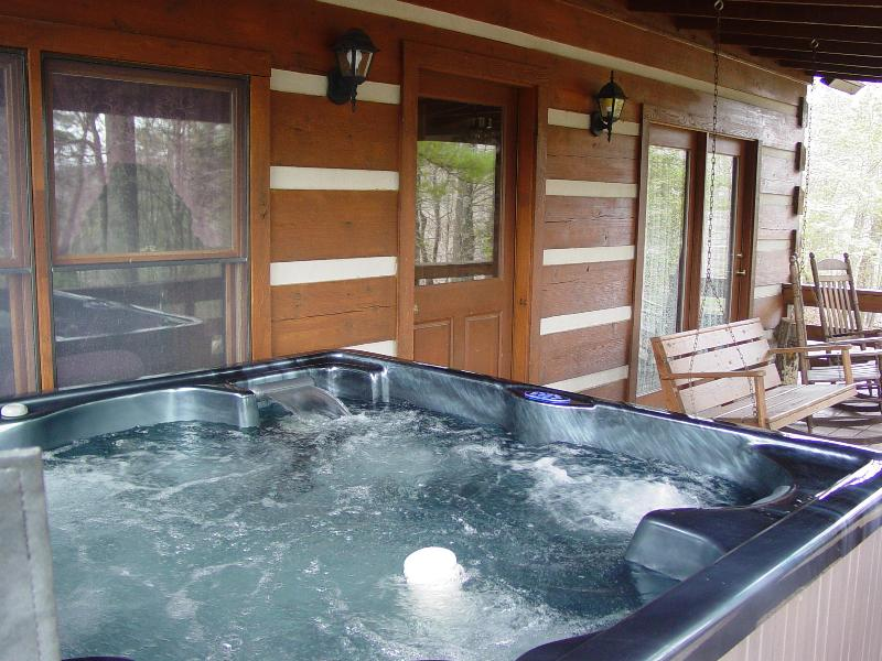Hot Tub for 6, Covered Porch with Swing & Rocking Chairs