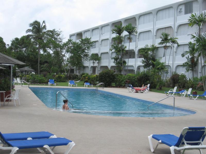 Condominio piscina